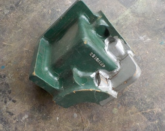 Small Industrial Corner Mold