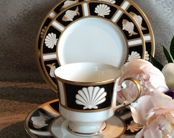 Mikasa cup saucer and 2 Size dessert plates Fish and Shell pattern Cathy Hardwick design Onyx A6701