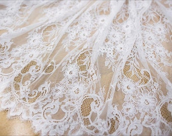 High quality chantilly lace fabric elegent lace fabric wedding lace fabric tulle bridal guipure lace alencon lace fabric