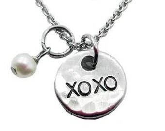 Xoxo Necklace (Fine Pewter)