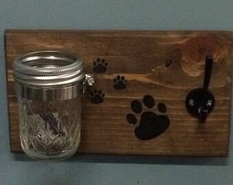 Pet treat and leash holder