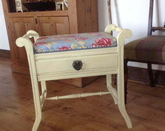Vintage piano/dressing table stool