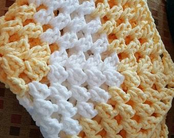 Chunky Hexagon Baby Blanket