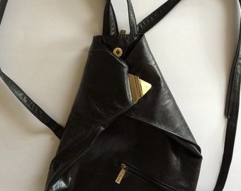 Vintage 1980's triangle bag