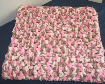 Baby Blanket - chunky and soft