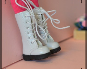 Boots for Blythe