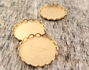 Raw Brass Lace Edge Settings Cameo or Cabochon Setting 18mm
