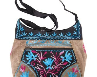 Embroidered 4 Zippered Multi-pockets Cross Body Purse Bag