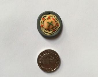Miniature spaghetti pasta brooch/badge/charm