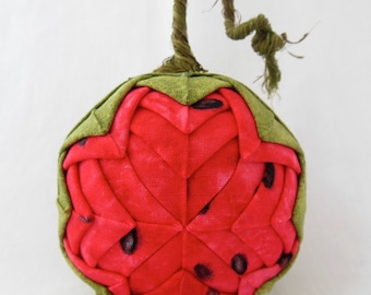 Quilted Ornament - Melanie