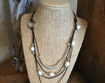 Brown leather pearl necklace