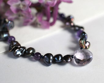 Freshwater pearl necklace with amethyst gemstone briolette