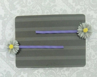 Girl's Flower Hair Clips - Bobby Pins - Purple - Daisy