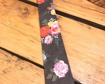 Faded Floral Tie 2