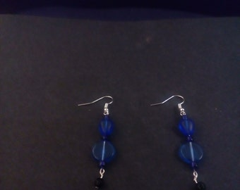 Fashionable midnight blue drop earrings