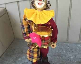 Clown/ clown figurines/ Vintage Clown /Vintage Clown Figurine/Vintage Clown/