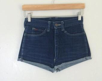 vintage. 1970s indigo skinny shorts