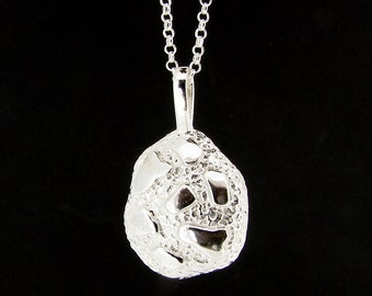 Sterling Silver Nugget Pendant & Chain