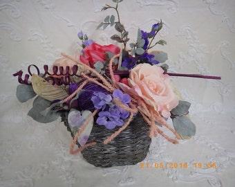 PIECE unique basket of roses, delfinium.