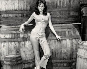 """Raquel Welch in the Film """"Fathom"""" - 5X7 or 8X10 Publicity Photo (AZ188)"""