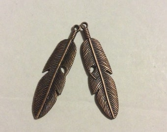 5 antique bronze feather charms