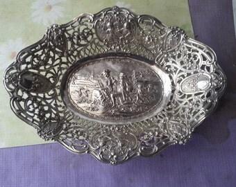 Large fruit bowl silverware