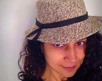 Chapeau en crochet, fait à la main bonnet , cadeau femme , homme  , taille S-M-L hat, pure wool or pure cotton, vintage, fabrique en france