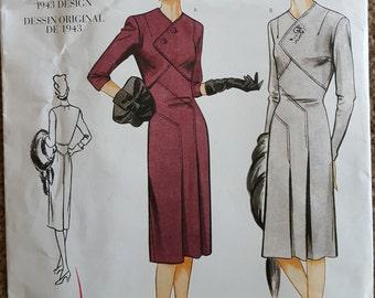 Vogue Vintage 1943 Original Dress Pattern Design 2569