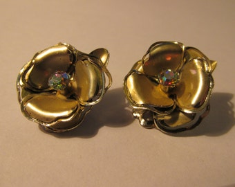 """Vintage Frosted Gold Tone Metal Flower Earrings with AB Rhinestone Centers, Clip Style, 1"""""""