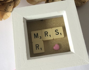 Mr and Mrs mini frame picture