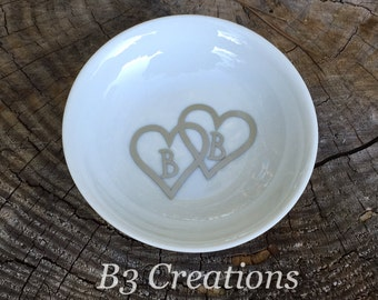 Personalized Ring Dish, Monogrammed, Round Jewelry Dish, Personalized Ring Holder, Wedding Gift, Bridesmaid Gift, Personalized Trinket Dish
