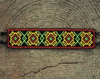 handmade vintage tribal native beaded bracelet