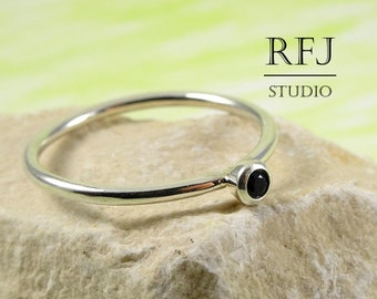 Lab Black Diamond Silver Ring, Cubic Zirconia 2 mm Sterling Ring Simulate Black Diamond Gemstone Birthstone Ring 925 Silver Black Stone Ring