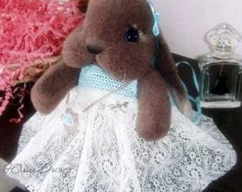 Needle felted Bunny. Miniature sculpture. Zaya fluffy. Brown rabbit Soft bunne. Handmade  Bunny. Chocolate  Bunny as a gift. Animals Bunny .