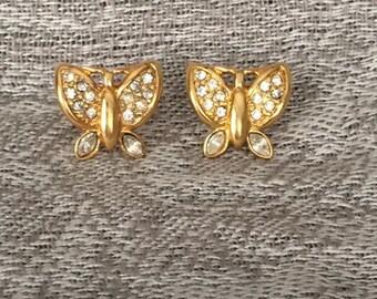 Vintage signed Monet Earrings