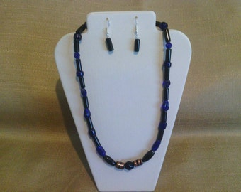 227 Elegant Cobalt Blue Opaque Glass Beaded Necklace