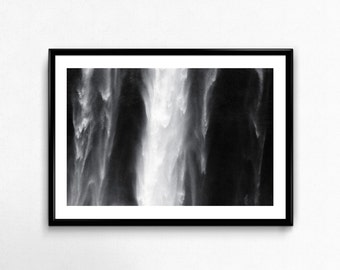 Seljalandsfoss / Iceland / Waterfall / Black and White / Analogue Photography / Travel / Arctic / Decoration