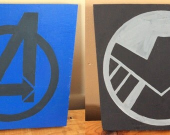 Avengers Shield Iron Man Captain America Hulk Thor Black Widow Hawkeye Spiderman Wood Signs