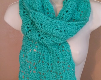 "Crochet scarf : ""Diamond shell scarf"""