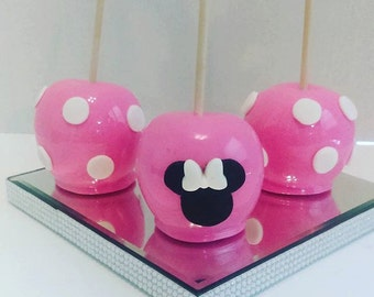 12 Minnie Mouse Themed Candy Apples