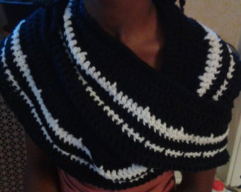 Black and white neck scarf