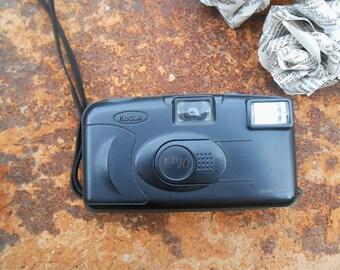 Camera kodak. Released in the 1980s.