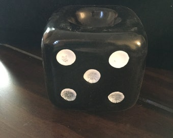 Dice oil warmer