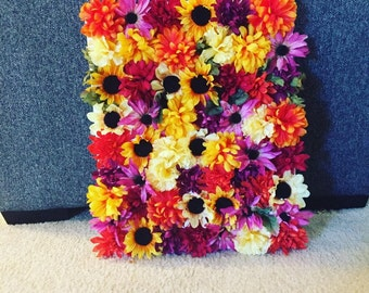 Floral wall canvas.