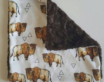 Buffalo Minky security blanket.Lovey Blanket.Gender neutral baby blanket.Designer Minky.Baby Security blanket.Baby blanket.Modern buffalo