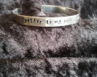"Army Sister Bracelet ""My Brother is my Hero"""