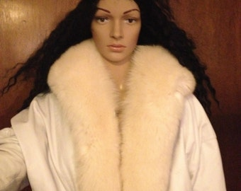 White Leather Jacket with Fur Vintage