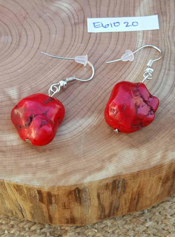 Red Turquoise Earrings / Red Turquoise Stone / Semi Precious Stones / Dangle Earrings / Southwestern / Hippie Earrings /Boho Jewelry /E61020