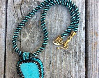 Peyote Stitch Rope Necklace with Magnesite Cabochon Pendant
