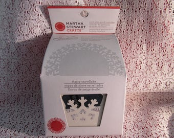 NIB Martha Stewart Crafts circle edge punch cartridge - starry snowflake requires the starer kit